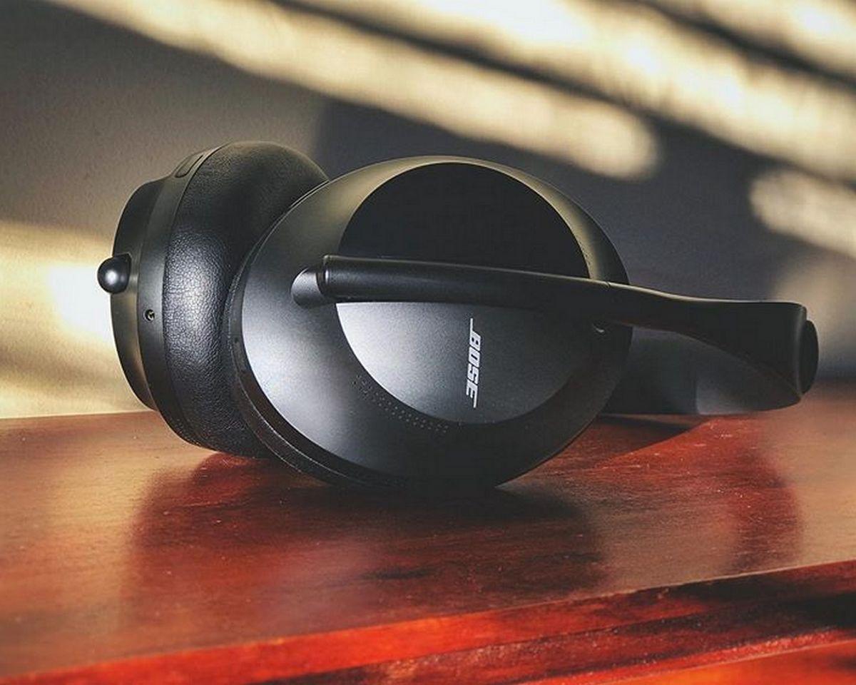 Bose 700 - Design
