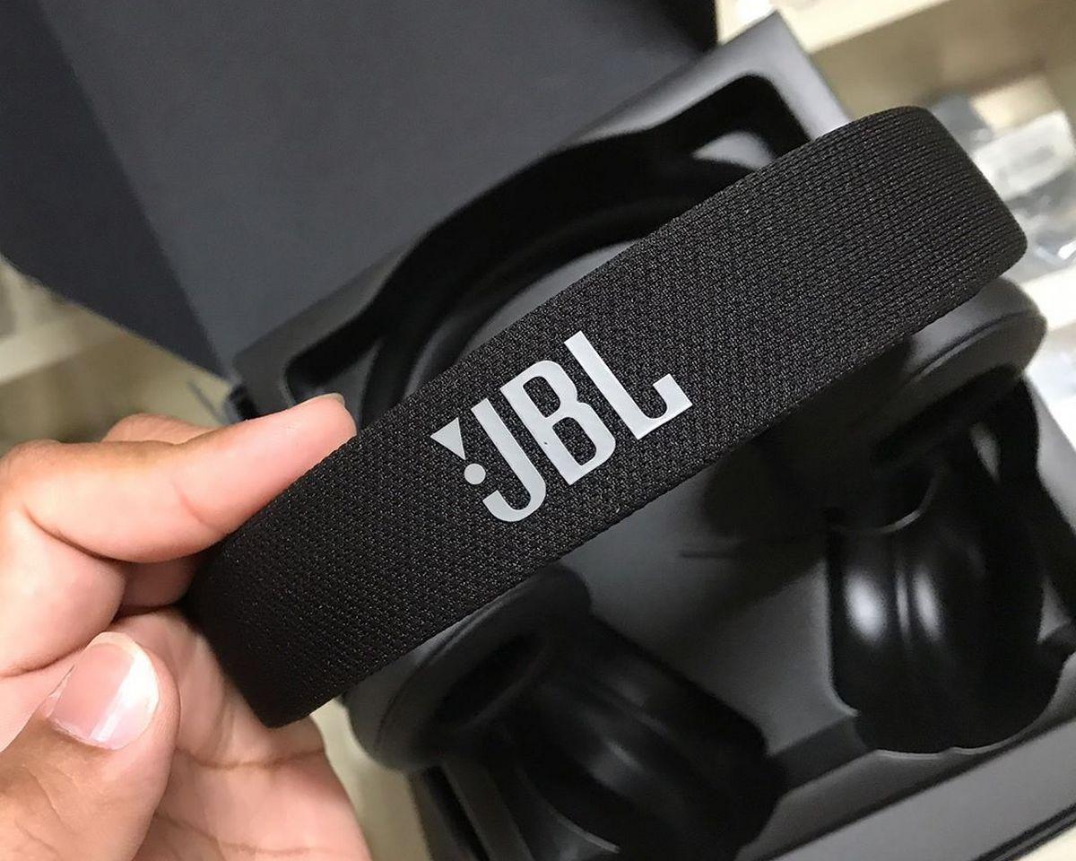 JBL E45BT - Design