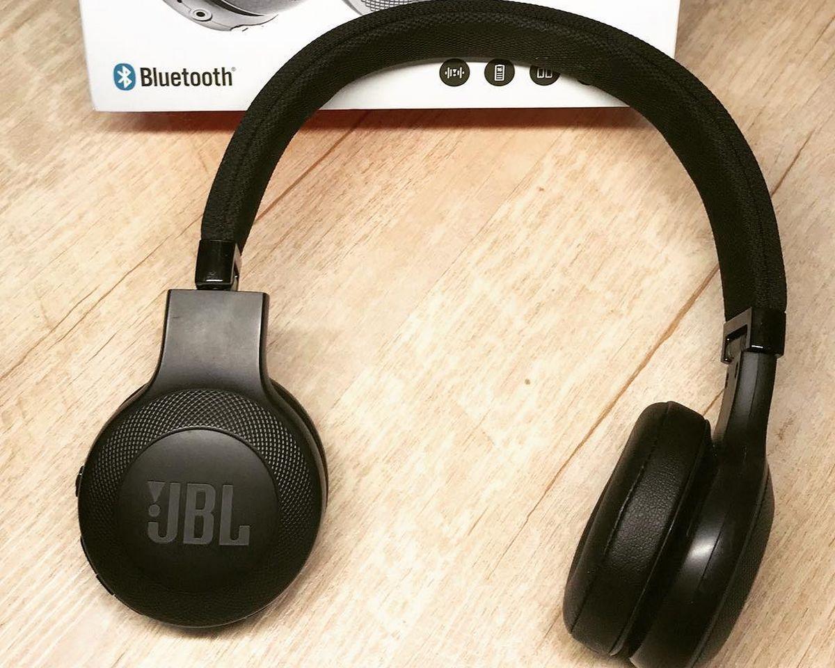 JBL E45BT - Fonctionnalités et Commandes