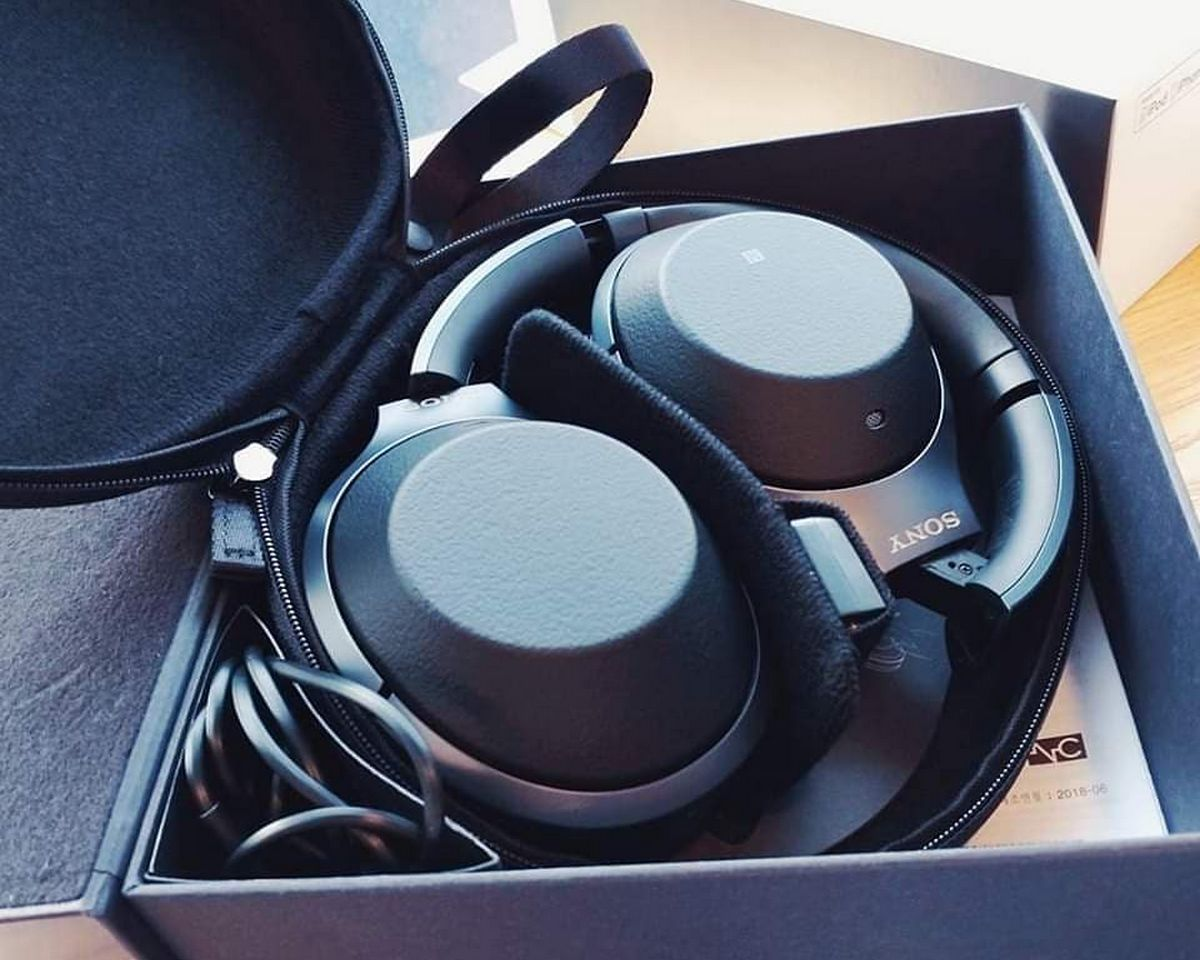 Sony WH-1000XM2 - Accessoires