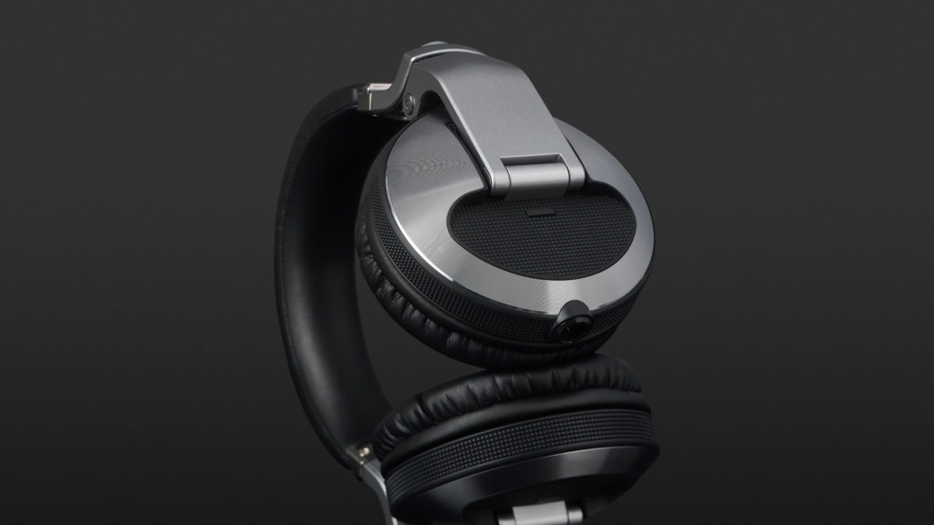 Pioneer HDJ-X10 - Design